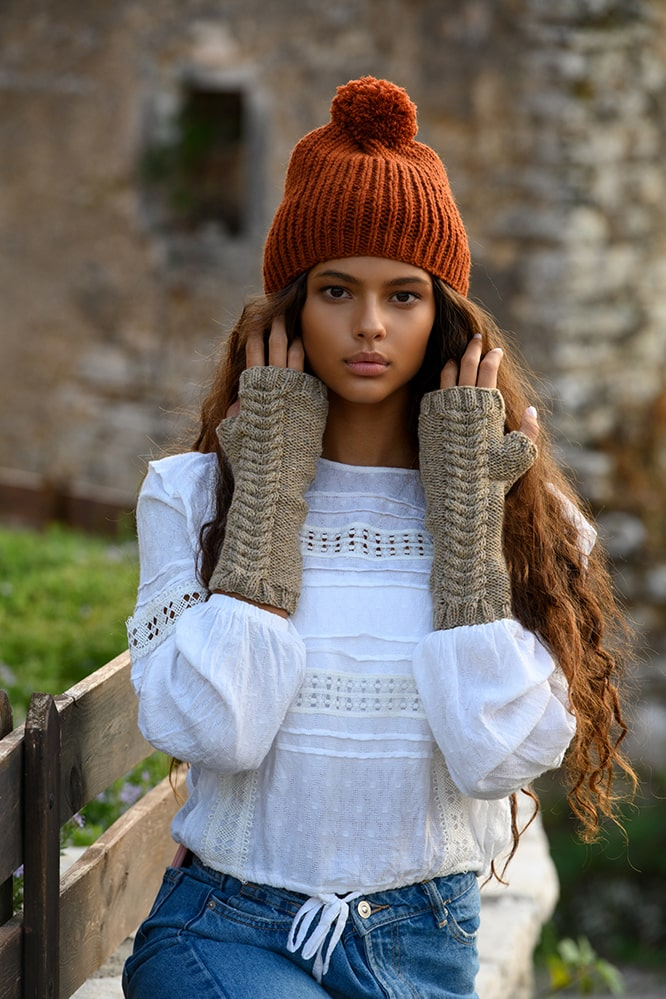 red Jamie cable knit mittens