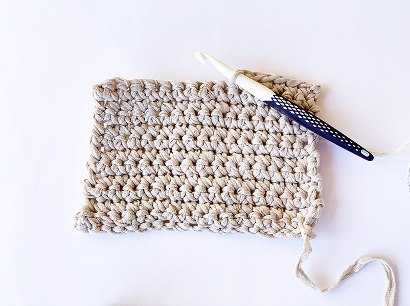 single crochet example and crochet hook