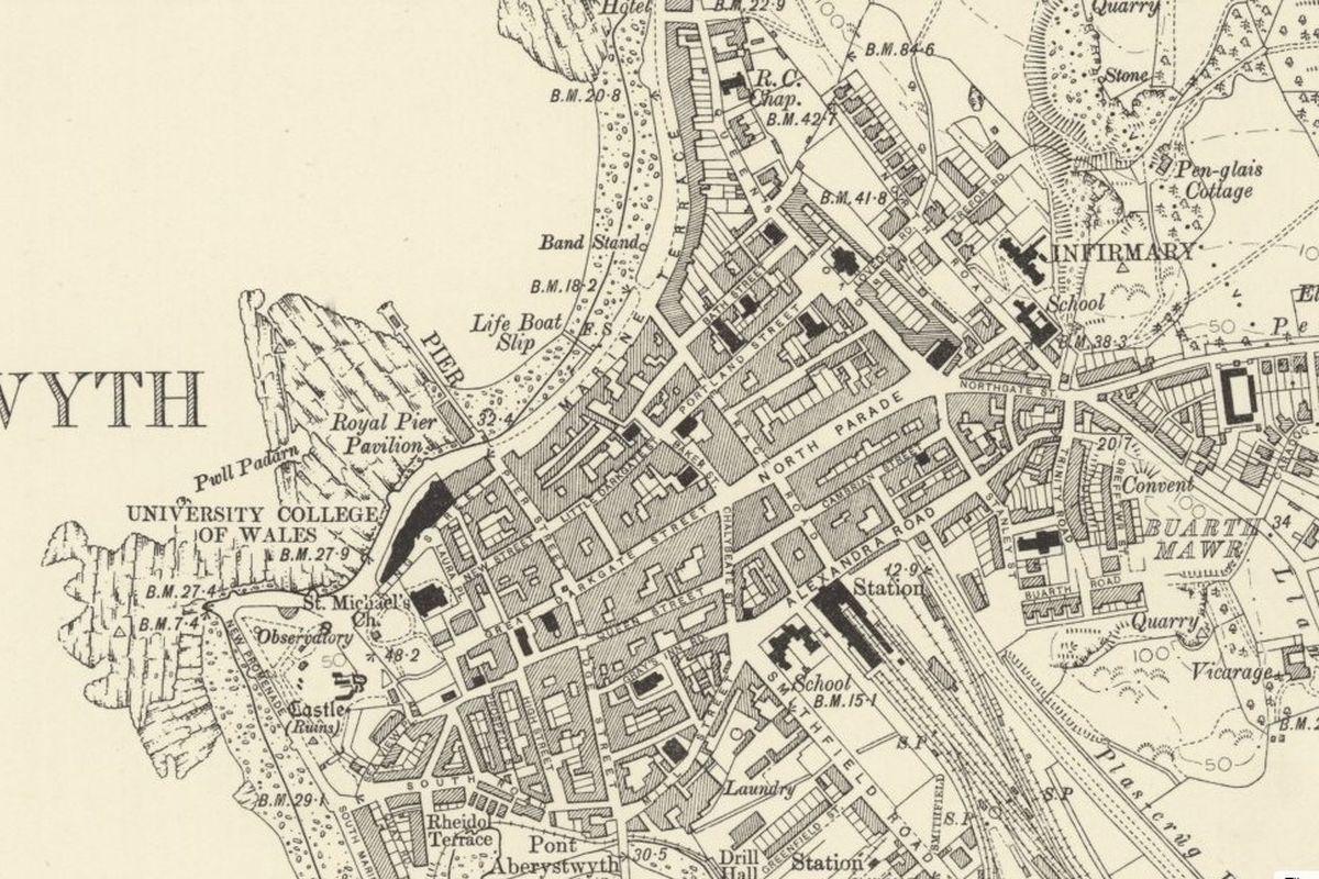 Mapio Hanesyddol Aberystwyth - OS Six Inch, 1888-1913, Atgynhyrchwyd gyda chaniatâd Llyfrgell Genedlaethol yr Alban