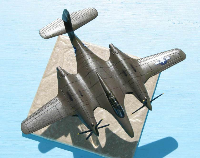 Moonbat 13_Hangar 47