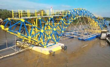 jembatan-apung1-kustoro