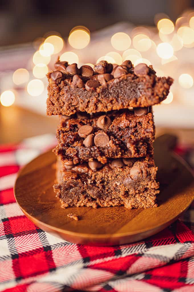 low carb fudgy brownies with lights behind them
