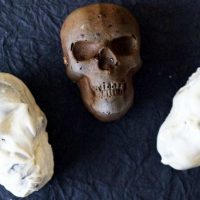 Spooky Skull Cakes Dipped In Chocolate