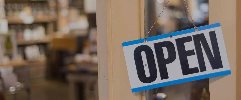 Ανοίγει με αυστηρούς κανόνες το λιανεμπόριο τη Δευτέρα – Ολα τα μέτρα