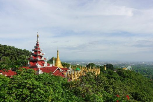 Przewodnik po Birmie. Dlaczego warto dać szansę Mandalaj