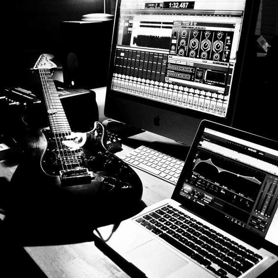 Hanks recording set-up!