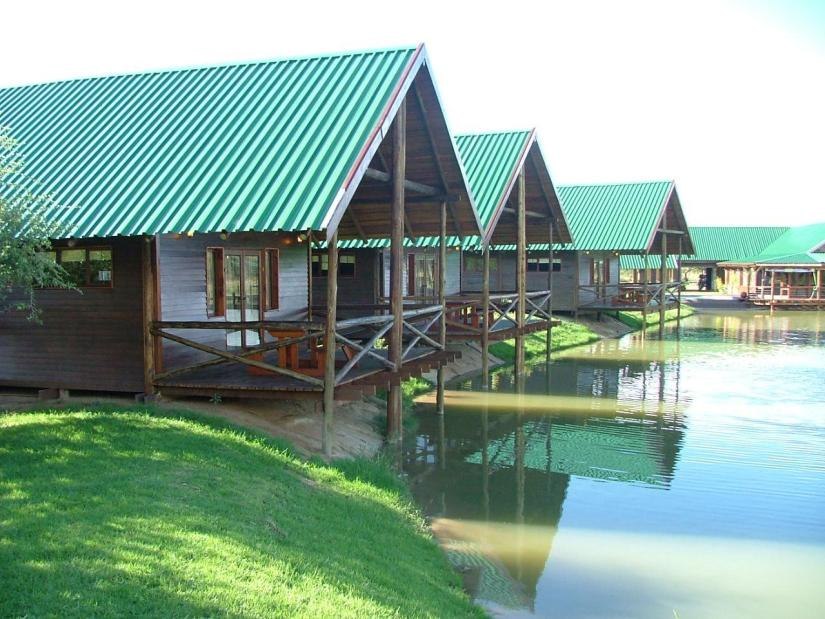 chalets_on_dam
