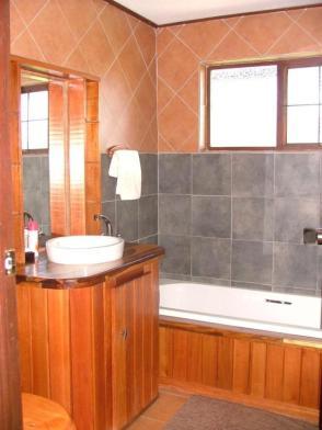 upstairsbathroom