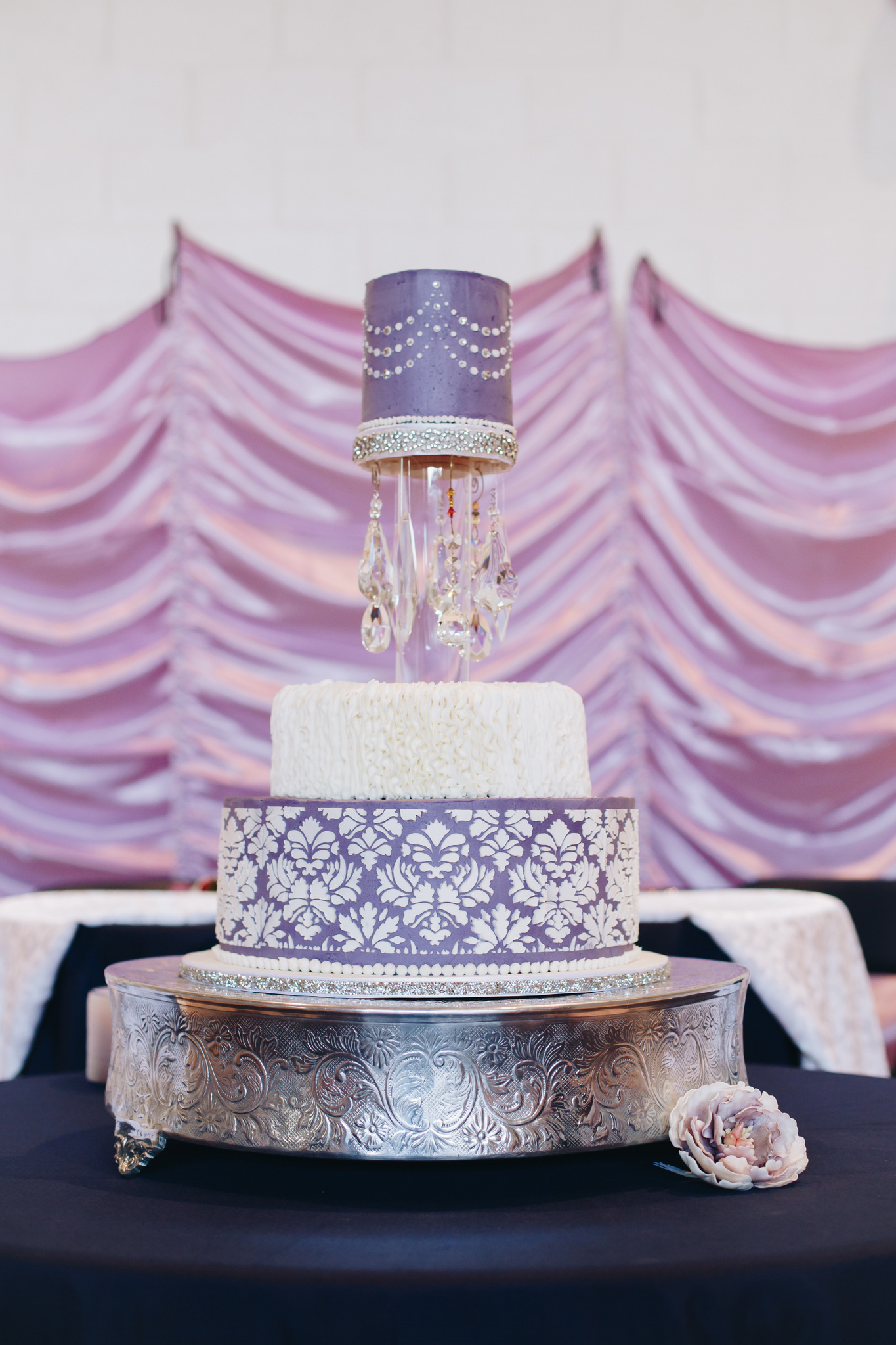 washington dc purple wedding cake hannah acheson photography