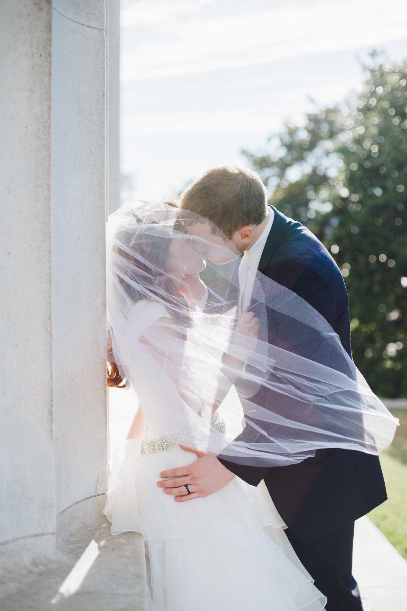 washington dc, lincoln memorial wedding photos, couple portraits - veil and sunshine