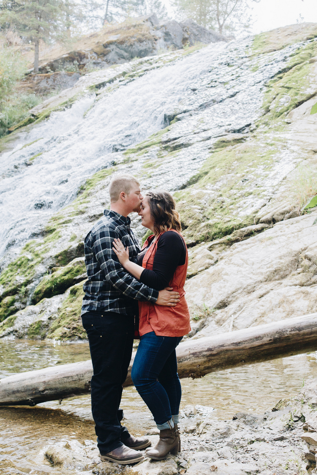 colville washington engagement photographs