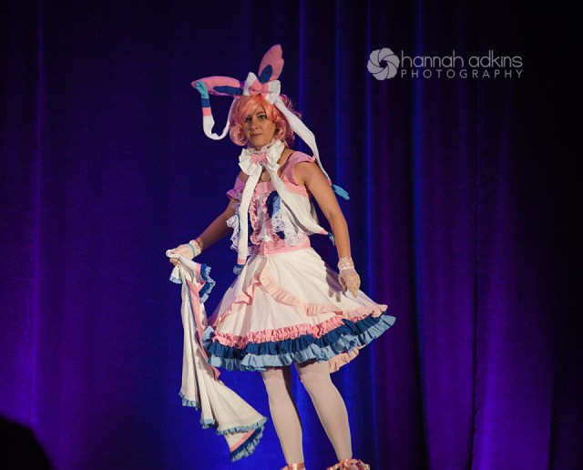 Sylveon cosplay at the cosplay fashion show