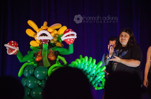 Plant cosplay made with balloons