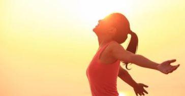 morning-stretch-happy-body