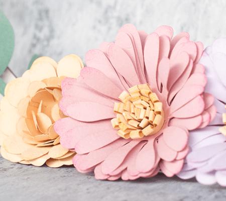 Corona Flores de Papel FI por Hannah Creates