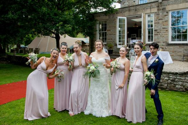 Hannah gets Hench blog at wedding