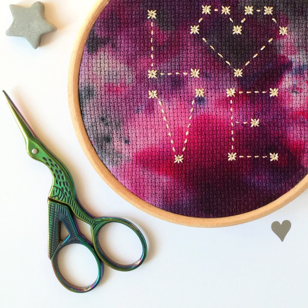 mermaid-embroidery-scissors