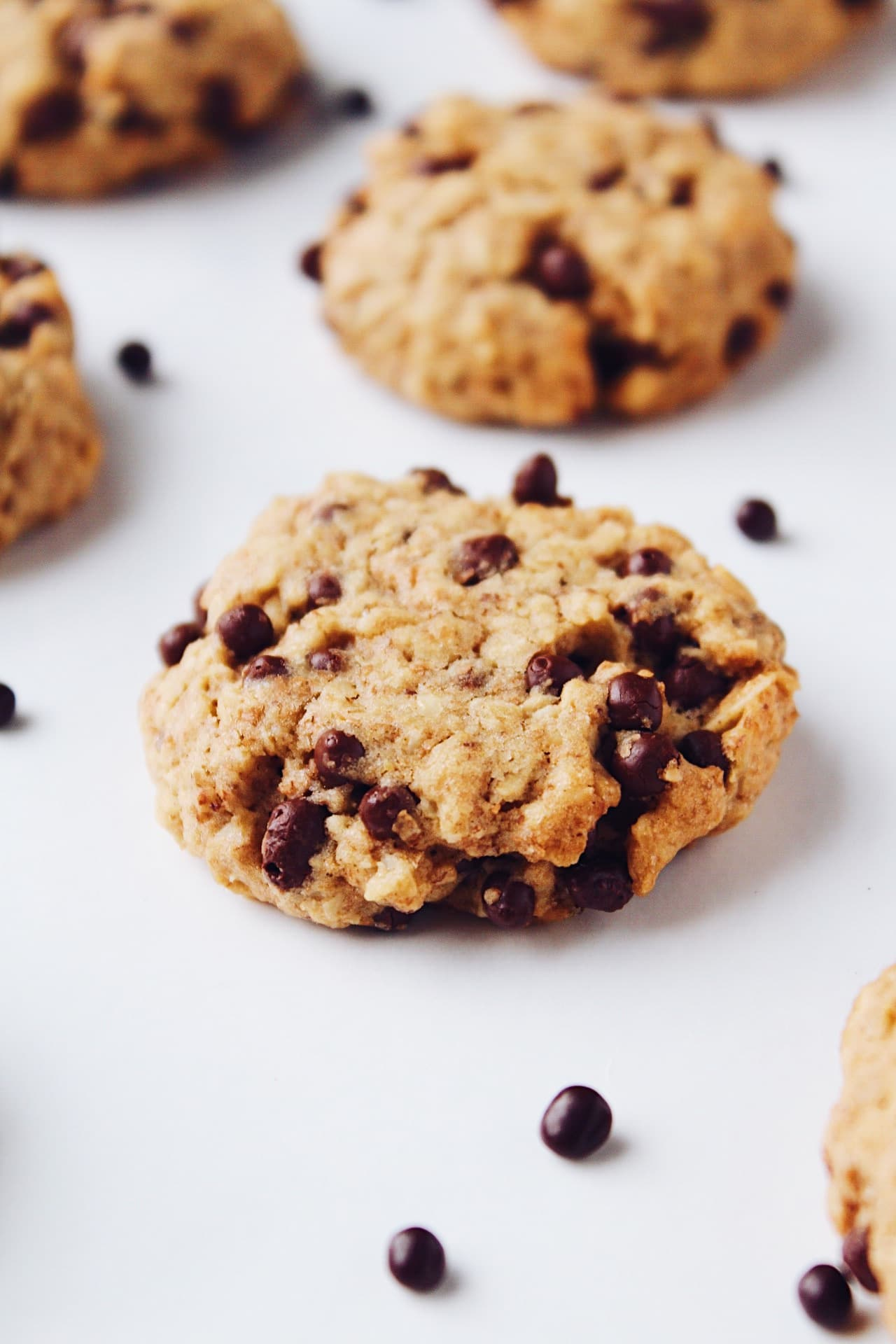 Chewy Oatmeal Cookies (Vegan, Whole Grain)