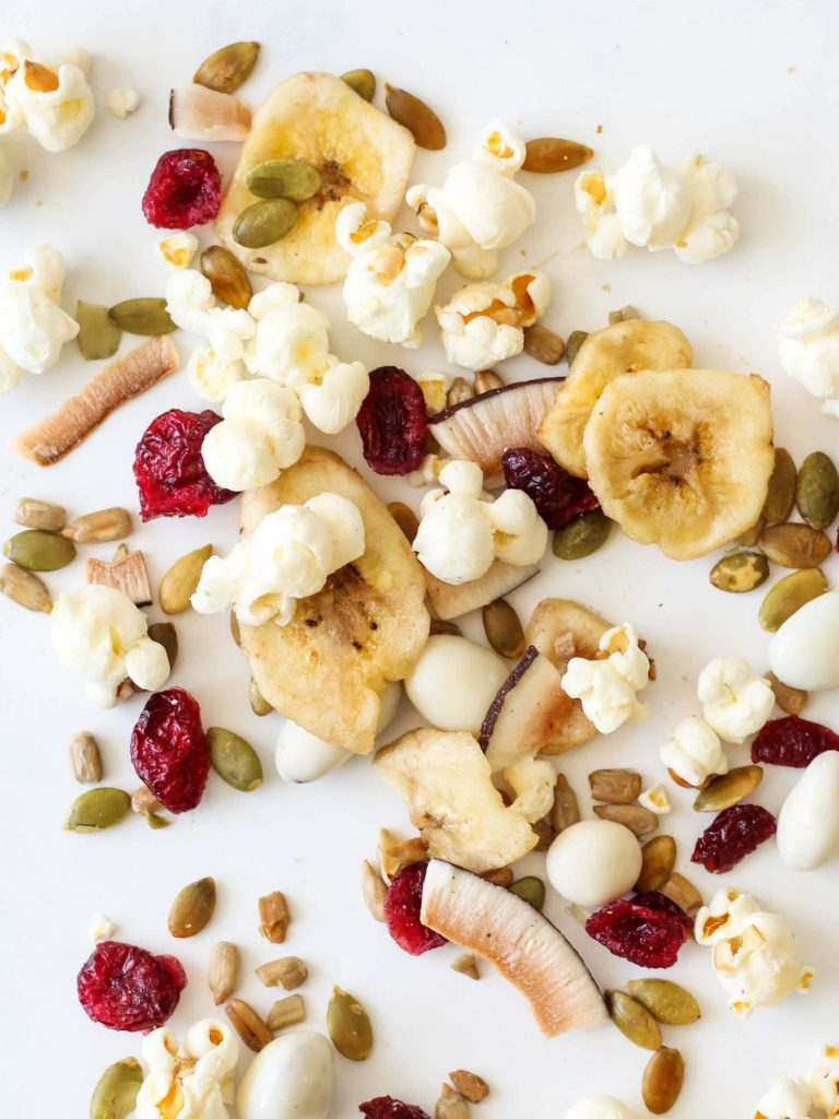 Make snack time easy with this flavourful Homemade Trail Mix! Perfect for on-the-go snacking, and it's nut-free so the kids can take it to school!