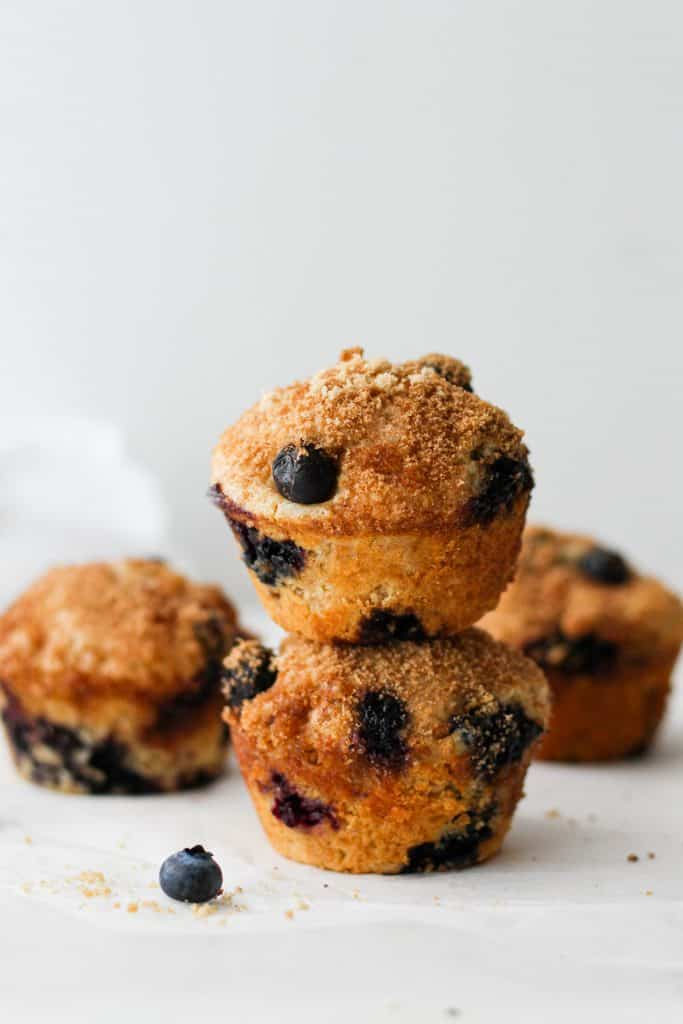 These blueberry coffee cake muffins dusted with a light cinnamon brown sugar topping are perfect for breakfast or snack! Pair with a delicious coffee, of course.