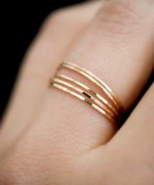 hammered ultra thin set of 5 rings gold
