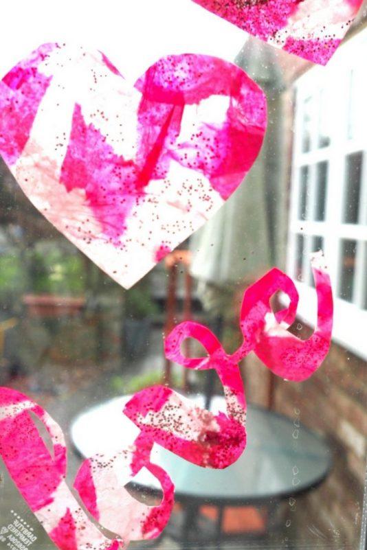 Heart suncatchers process art - Valentines for Kids