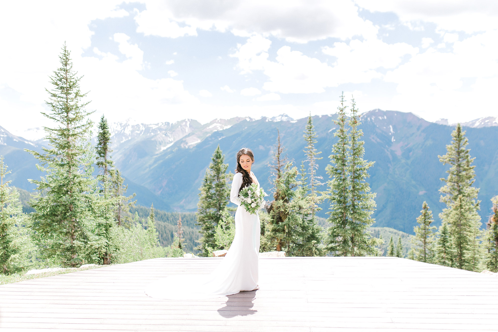 Hannah Way Photography, Colorado wedding, Luxury wedding, luxury wedding photographer, mountain top wedding, Colorado Mountains