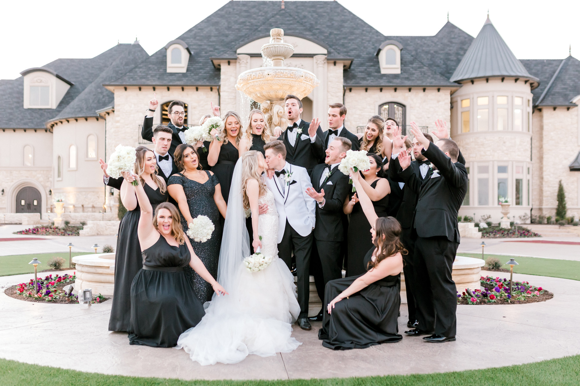 bridal party - Hannah Way Photography - Dallas wedding photographer - luxury weddings - luxury wedding photographer - dfw wedding photographer - best wedding photographer - Dallas best wedding photographer - knotting hill place
