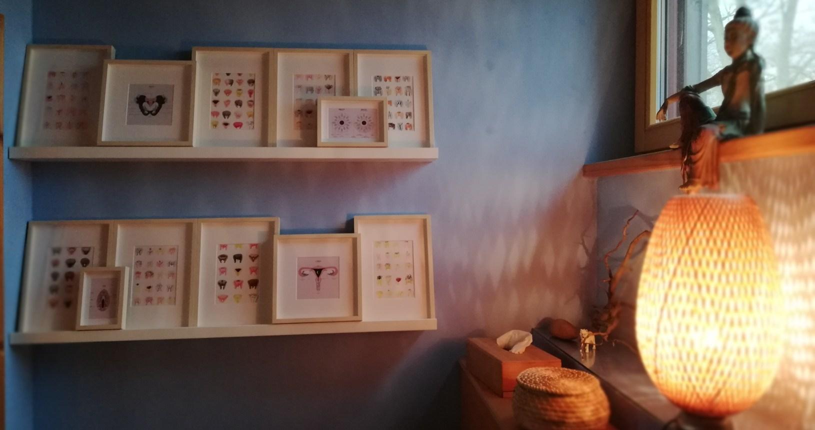 Vulva-Galerie im Frauenraum-Bad