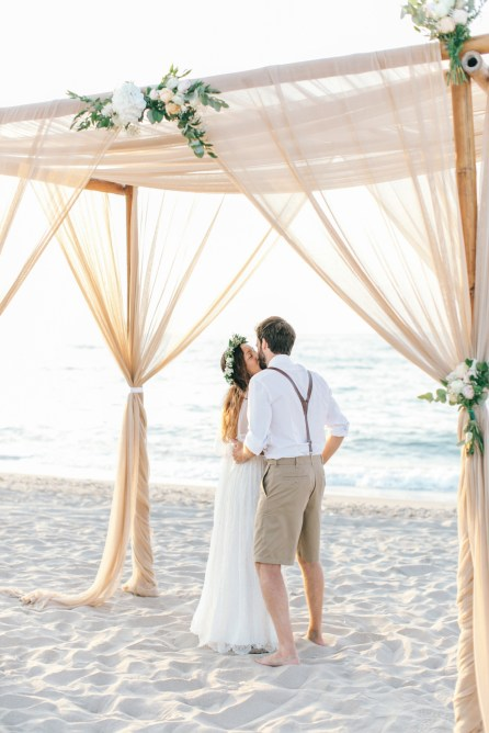 Boho beach wedding day in Crete