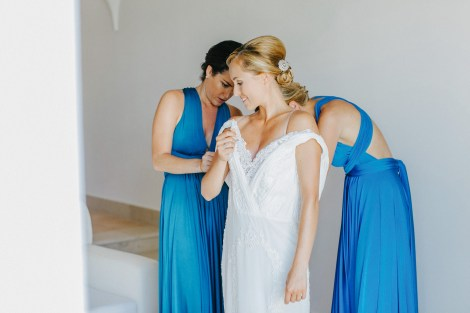 Elegant luxury wedding in rustic estate in Crete