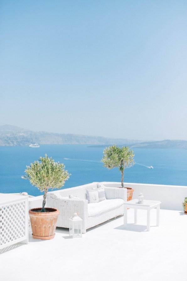 Santorini-wedding-day-portrait-photoshoot0090