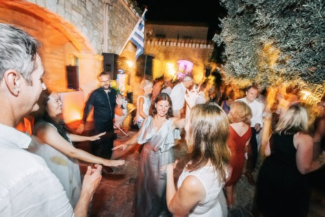 Soaringly Georgeous Wedding in Cretan Province_0135