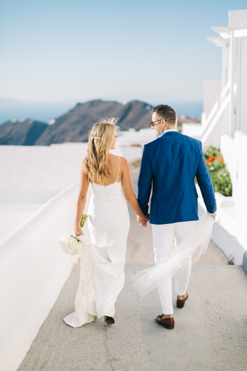 Wedding couple in Santorini, Greece.