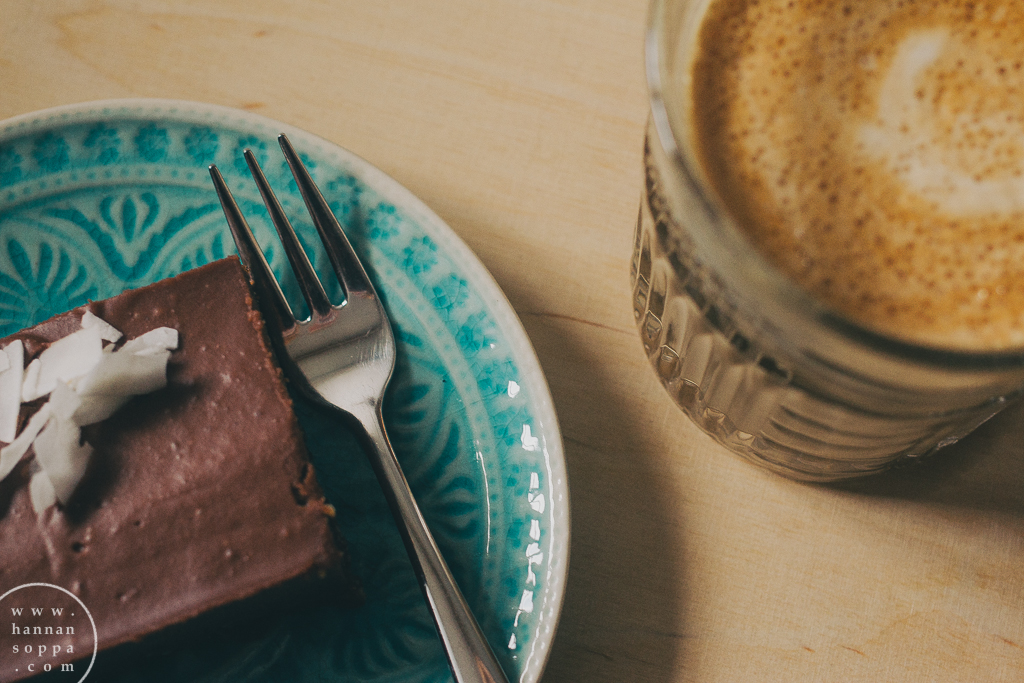 raw cake, coffee latte, cafe kokko