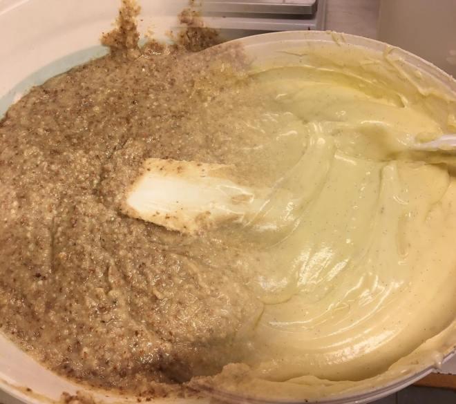 Egengjord vaniljkräm och mandelmassa