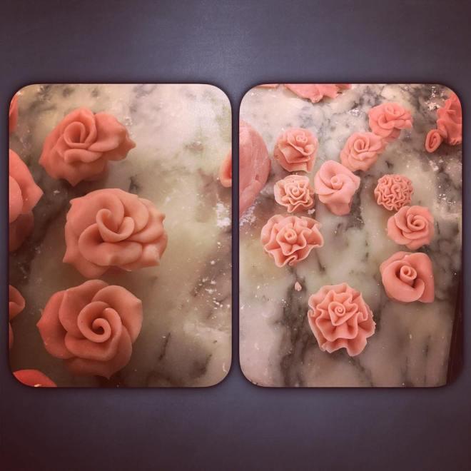 Vi fick även tid vi praktikanter att öva på att göra rosor och nejlikor