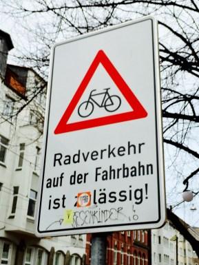 hannovercyclechic radfahren auf der fahrbahn ist zu lässig