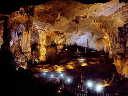 Day Tour Phong Nha Cave