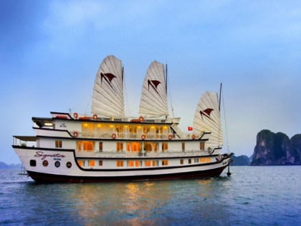 Halong Bay Tours Signature Cruise