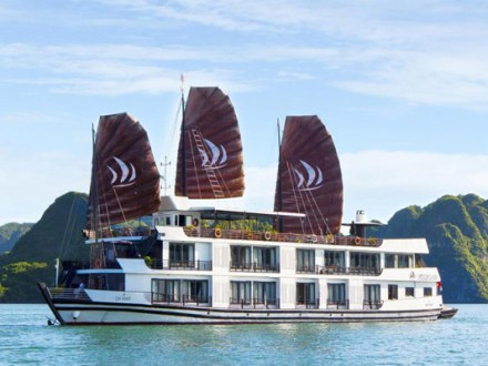 halong bay boat tours pelican cruise 9