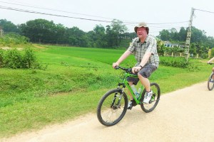 hanoi biking plus food tour (1)