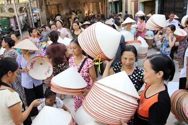chuong hat village