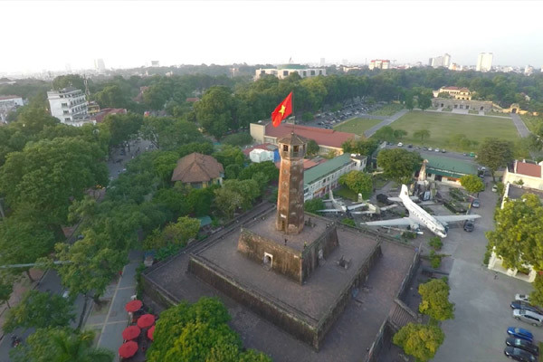 travel hanoi flag tower