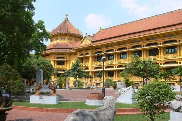 travel vietnam history museum