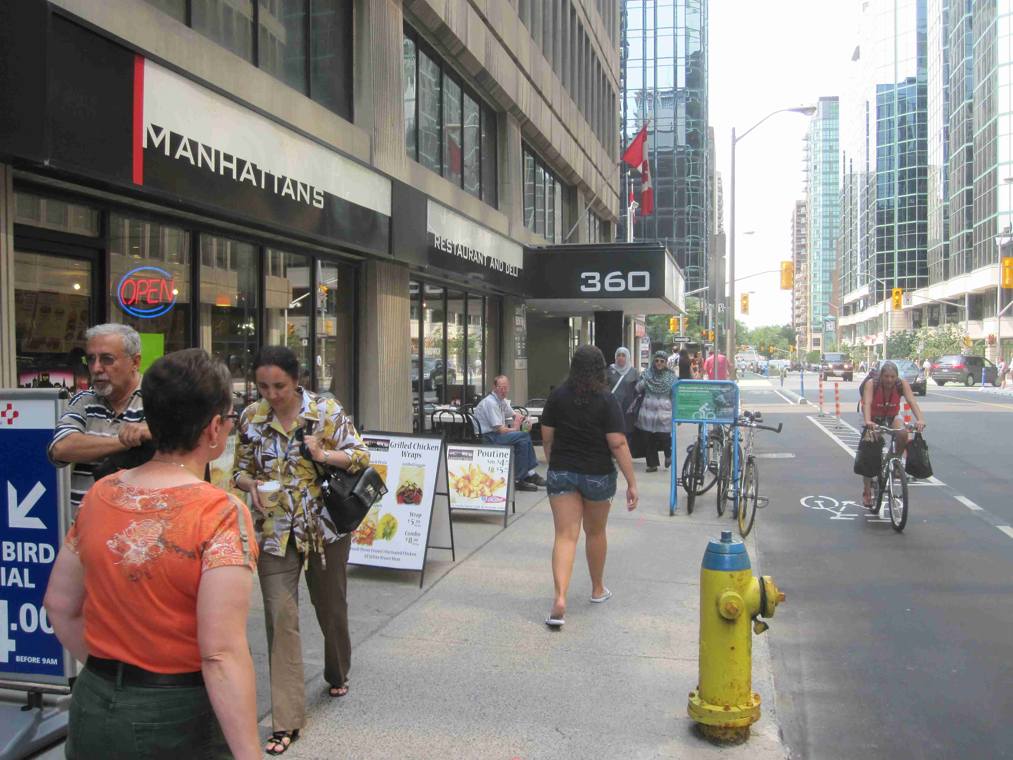 Ottawa Bicycle Culture – 360 Manhattans