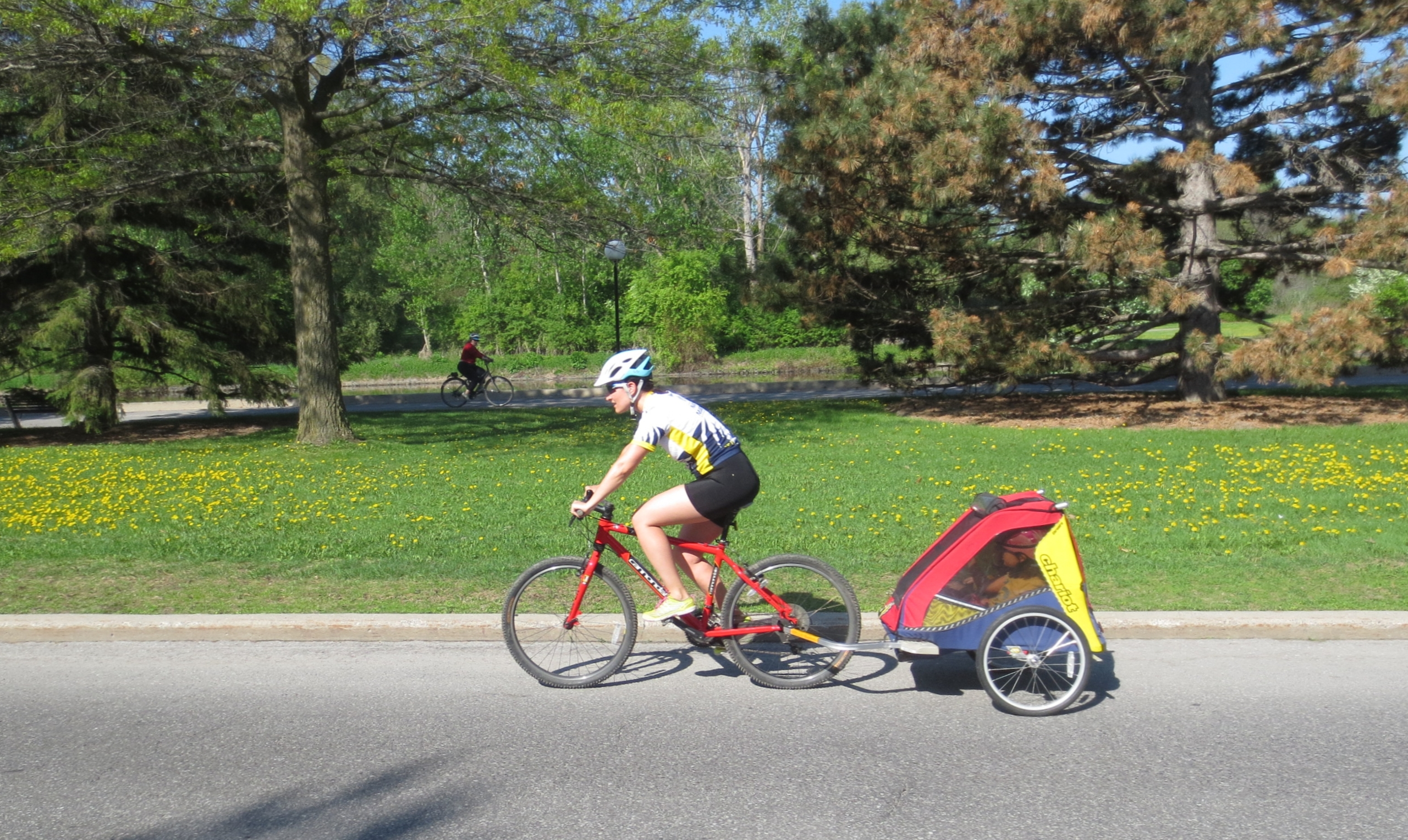 cyclist with trailer