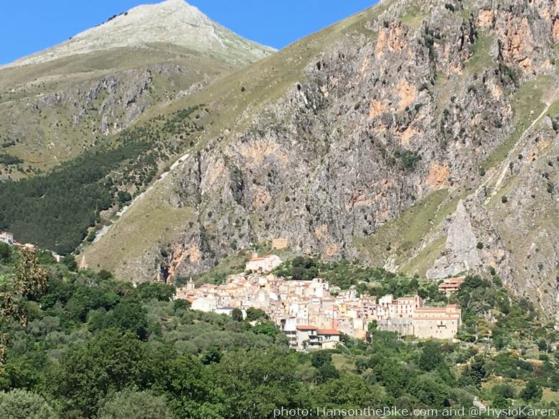 Isnello, in front of mountains of around 1100-1200 meters. A lovely road to drive and possibly even to bike.