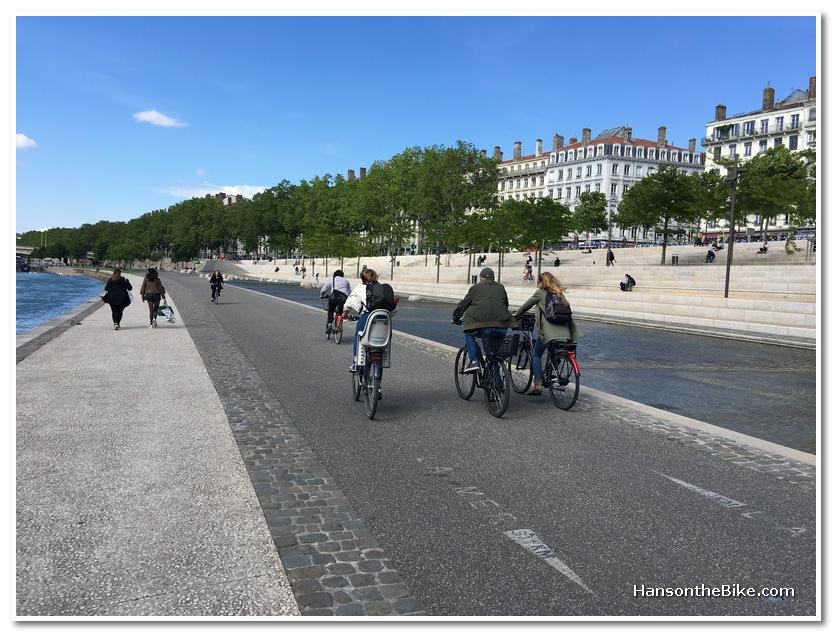 Rhône river shore cycling