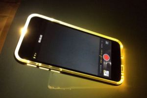 iphone-case-lighting2